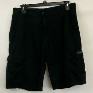 Men's Wrangler Black Cargo Shorts Size 36 R-13